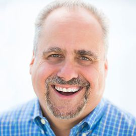 Ron Carucci Headshot