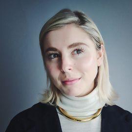 Eliza McNitt Headshot