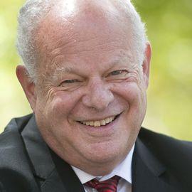 Martin Seligman Headshot