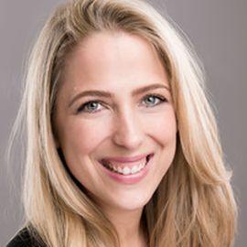 Carolyn Plater Headshot