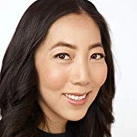 Julie Zhuo Headshot