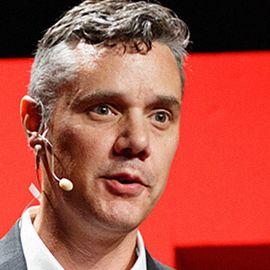 Dr. Ryan Martin Headshot
