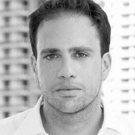 Daniel Pomerantz Headshot