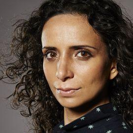 Ella Al-Shamahi Headshot
