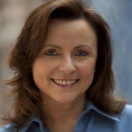 Karen Francis Headshot
