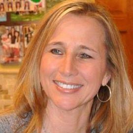 Liz McCormick Headshot