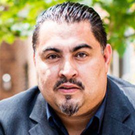 Dr. César Cruz
