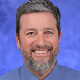 Dr. Dan Shapiro Headshot