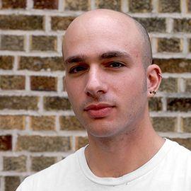 Peter Moskowitz Headshot