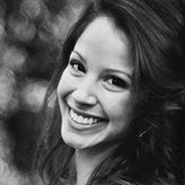 Sara Valencia Botto Headshot