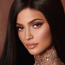 Kylie Jenner Headshot