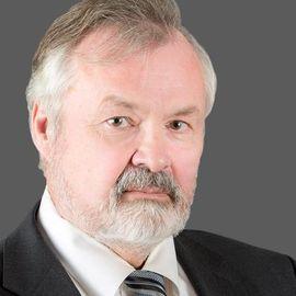 George Halvorson Headshot