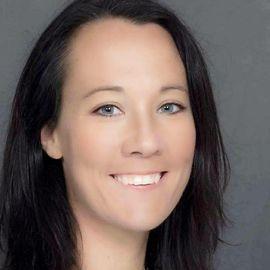 Kristen Auerbach Headshot