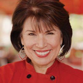 Sylvia Casares Headshot