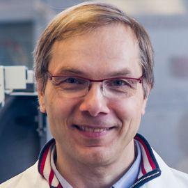 Kai W. Wucherpfennig, MD, PhD Headshot