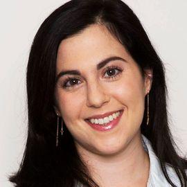 Claire Saffitz Headshot