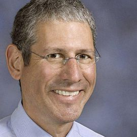 Dean Blumberg Headshot