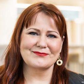 Elina Hiltunen Headshot