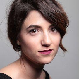 Natasha Feldman Headshot