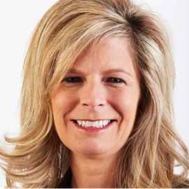 Nicole Eagan Headshot