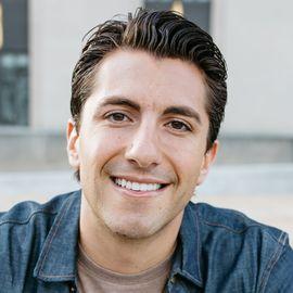 Jason Tartick Headshot
