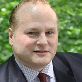 Michael Johns Headshot