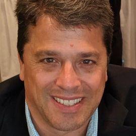 Scott Chesney Headshot
