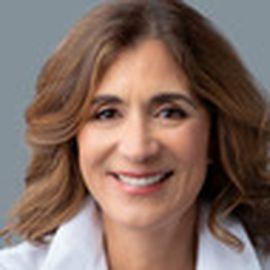 Olga Custodio Headshot