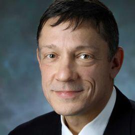 Daniel Buccino Headshot