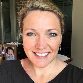 Nicole Hockley Headshot