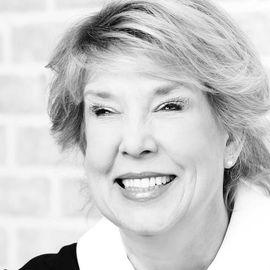 Dr. Anne Harbison Headshot