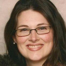 Mindy Viteri Headshot