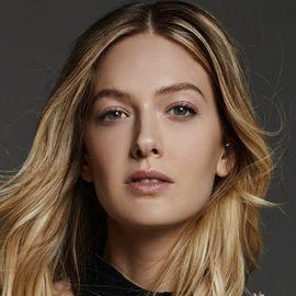 Athena Brensberger Headshot