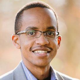 Robert Kabera Headshot