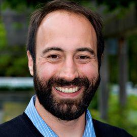 Ryan Calo Headshot