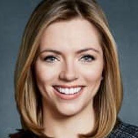 Kayla Tausche Headshot