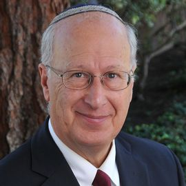 Dr. Bruce Powell Headshot
