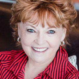 Donna Hartley Headshot