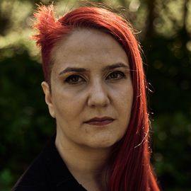 Laura Jedeed Headshot